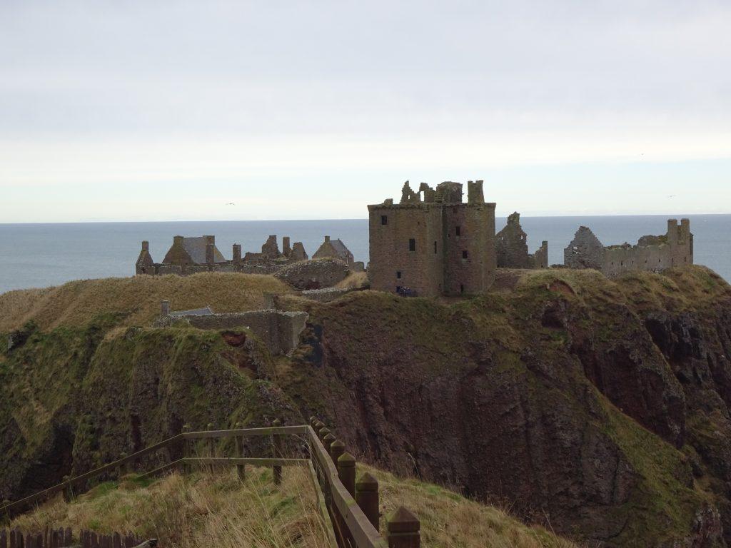 Dunnattor Castle