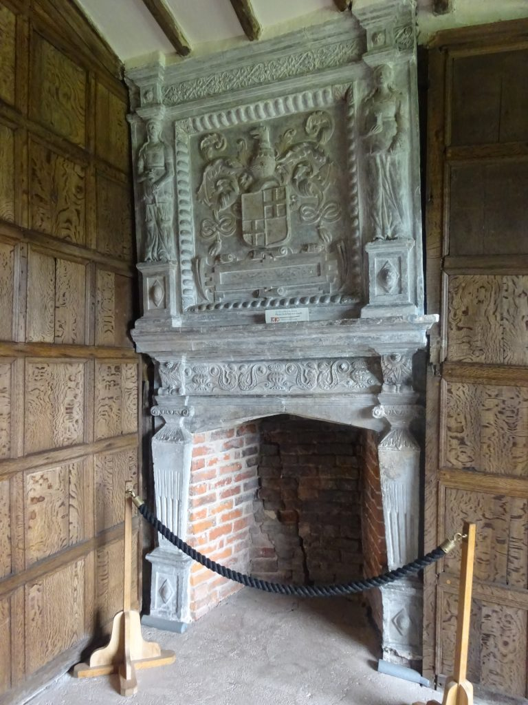 Fireplace In Long Gallery Chamber