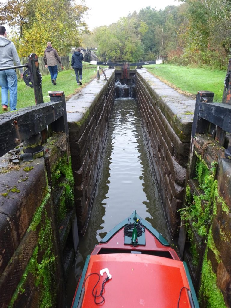 entering-canal-lock