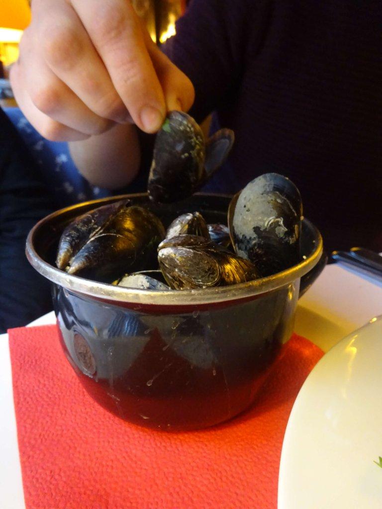 Mussels At De Vlaamsche Pot