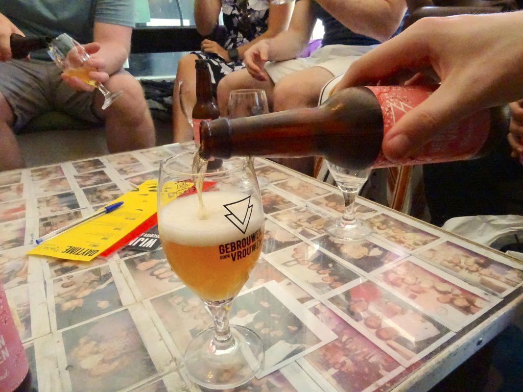 Elderflower Beer By Gebrouwen door Vrouwen