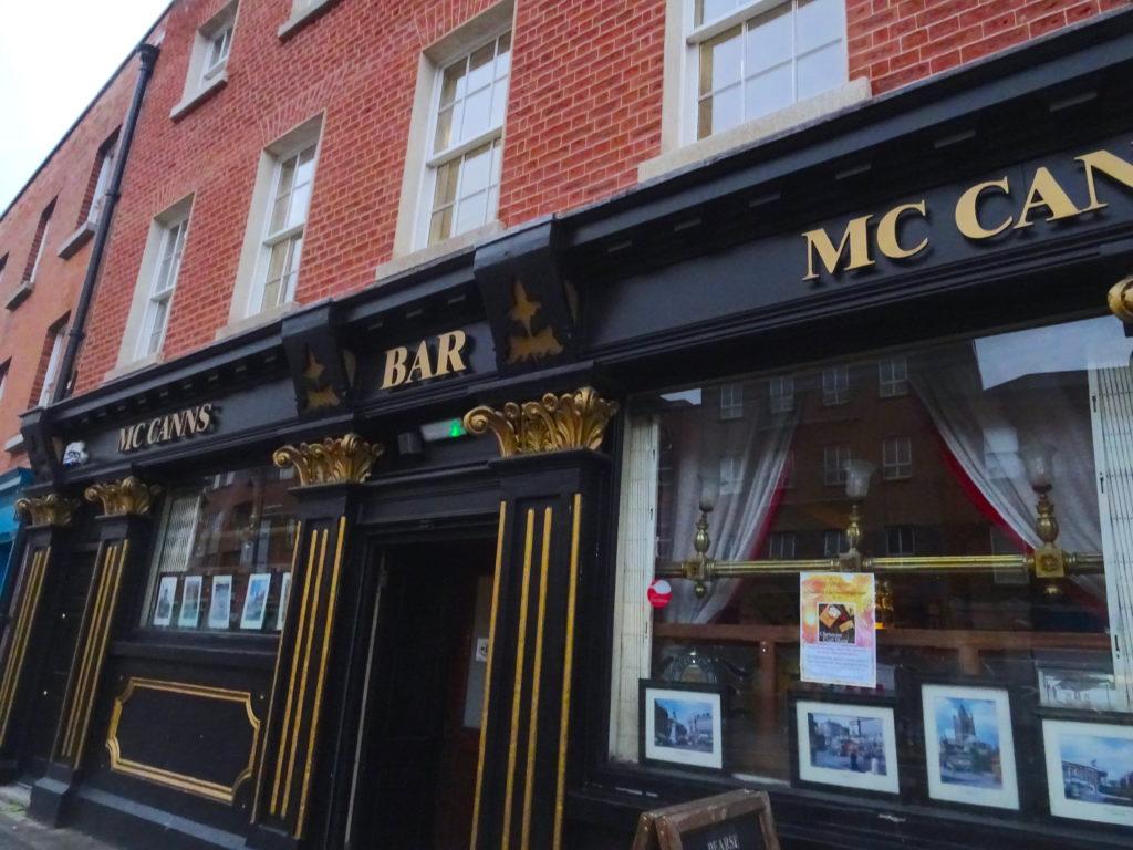 McCanns Bar
