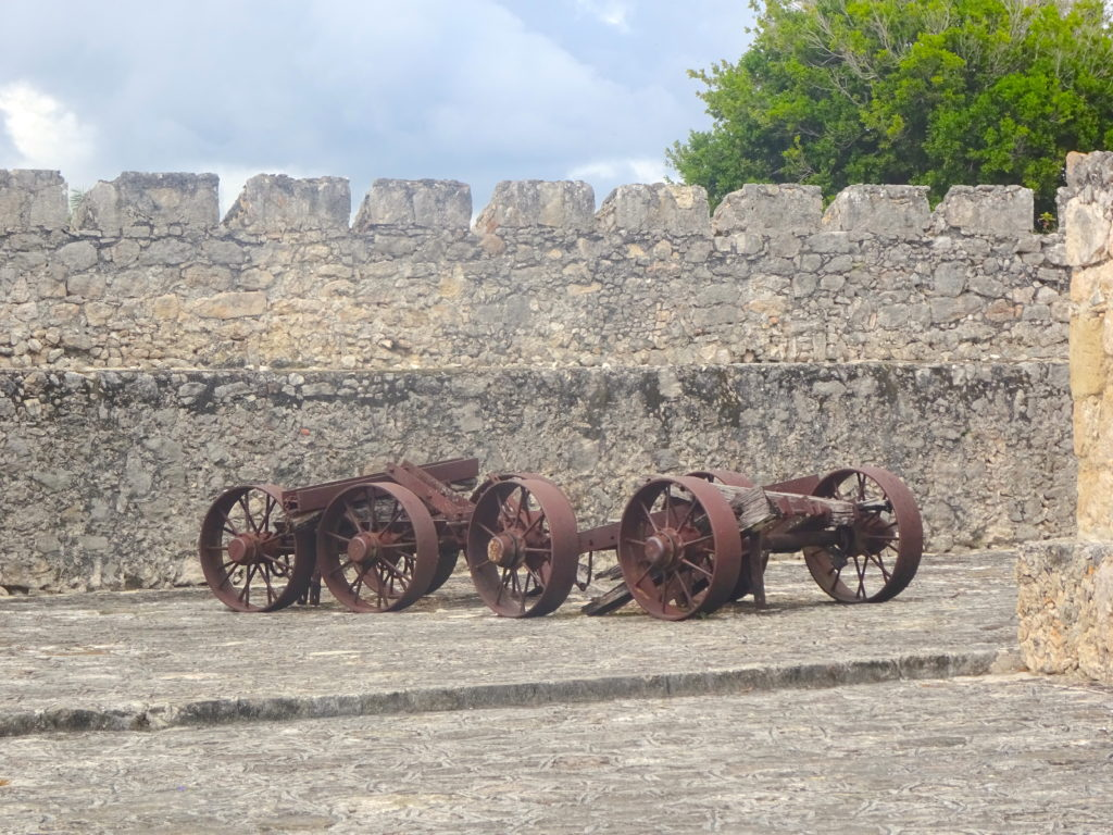 Canons At Fuerte San Felipe