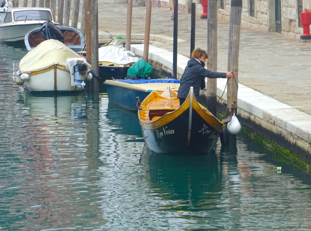 A Batela Coda Di Gambero Boat Being Moored